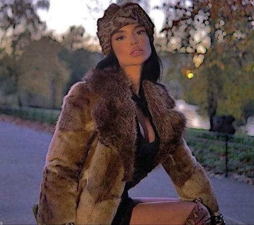 بیوگرافی سارا طاهری مدل