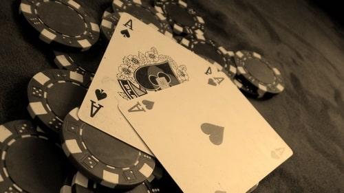 قوانین بازی کارتی پوکر
