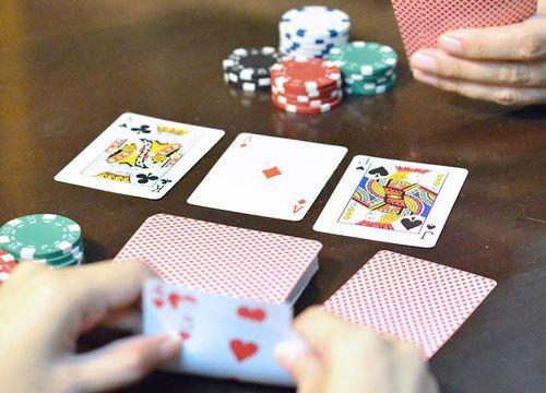بازی پوکر خانگی آموزش نحوه اجرای مسابقات پوکر خانگی