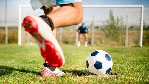 پیش بینی فوتبال با ریاضیات